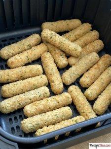 Can You Cook TGI Friday's Mozzarella Sticks In An Air Fryer?