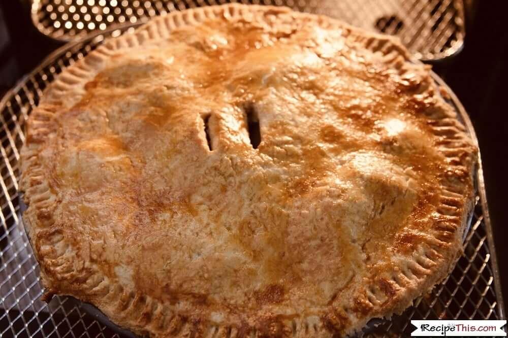 Air Fryer Apple Pie in the air fryer oven