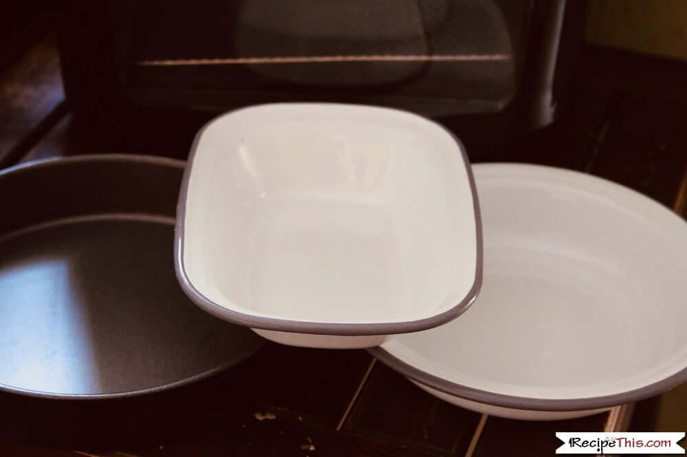 Air Fryer Pie Crust and 3 pie pans