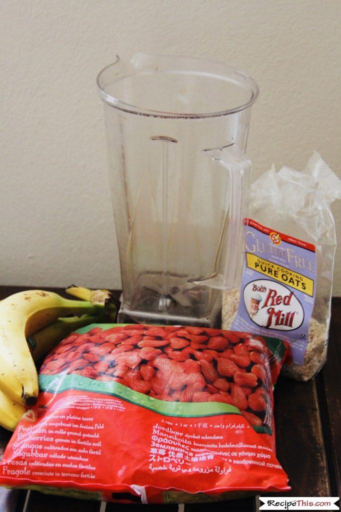 Blender Strawberry Banana Smoothie Bowl Ingredients