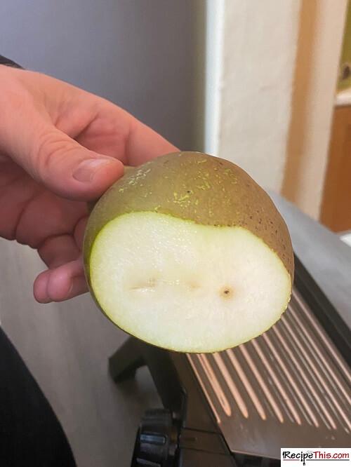 Dehydrating Pears in air fryer