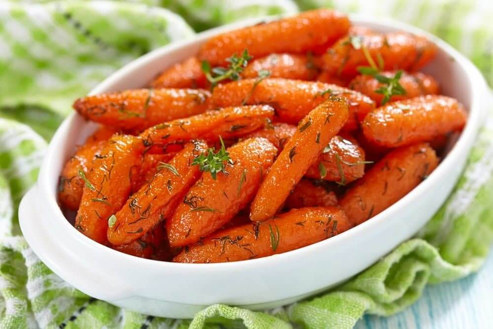 Welcome to my Paleo inspired honey glazed carrots in the slow cooker recipe.