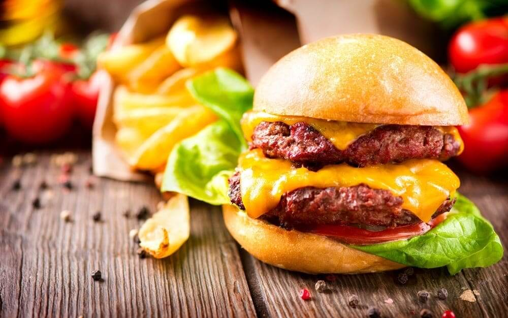 Welcome to my takeaway style Airfryer double cheese burger recipe. Next time you want to grab for the phone to ring a takeaway check out this delicious double cheese burger recipe.
