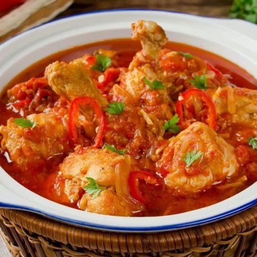 Welcome to my Whole 30 Crockpot Brazilian Chicken casserole recipe.