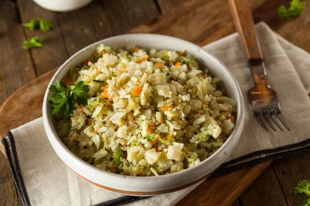 Welcome to my Whole30 slow cooked pilau cauliflower rice recipe.