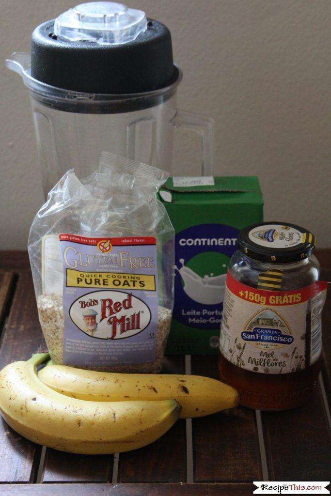banana oatmeal smoothie bowl