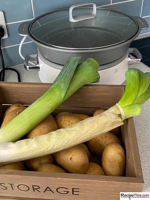 leek and potato soup ingredients